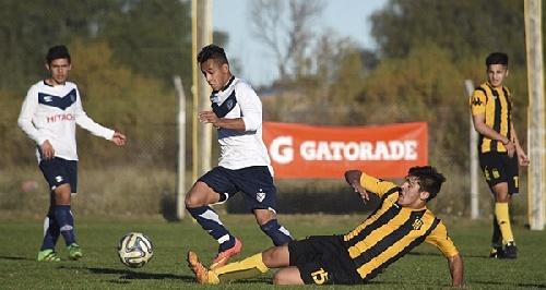 AFA Inferiores - Presencia de jóvenes pigüenses en Olimpo ante Vélez Sársfield.