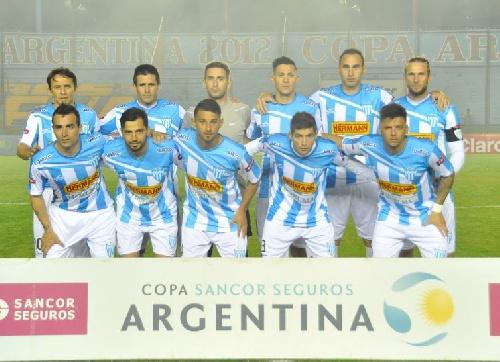 Nacional B - Juventud Unida debuta con una dura derrota en el torneo - Martín Prost titular.