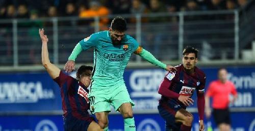Con un gol de Messi, Barcelona golea al Eibar y se mantiene en la tercer posición de la Liga.