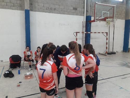 Handball - El Cef 83 Femenino derrotó a Bahiense del Norte.