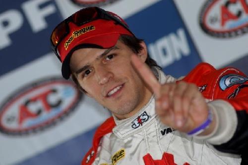 TC - Matías Rossi se quedó con la clasificación sabatina en San Nicolás.