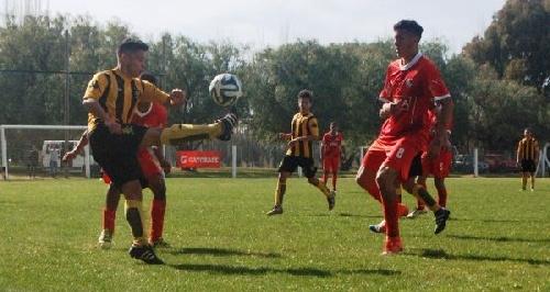 AFA - Inferiores - Ramiro Sánchez presente en la derrota de Olimpo ante Independiente en Avellaneda.