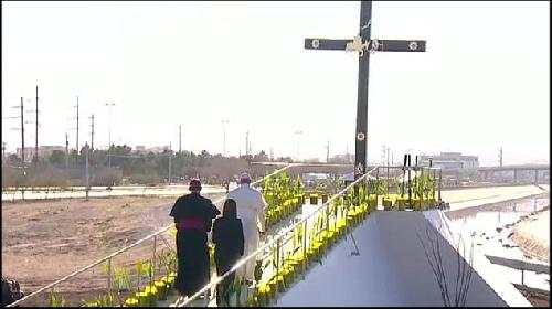 """Dura condena del Papa Francisco al """"negocio del tráfico humano"""""""