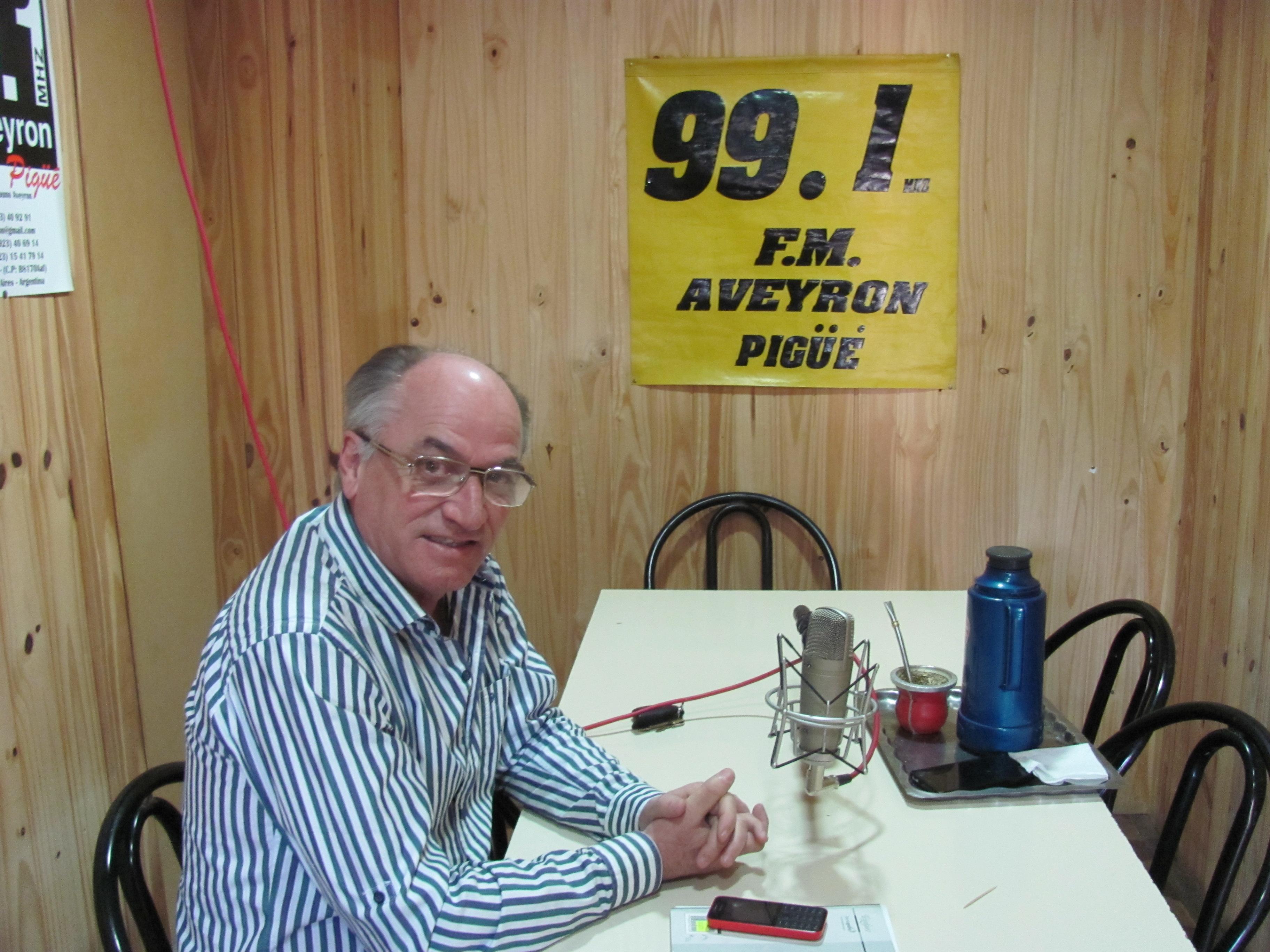 """REPORTAJE EXCLUSIVO A RUBEN GRENADA en """" La Brujula Electoral 99.1 FM Aveyron """""""