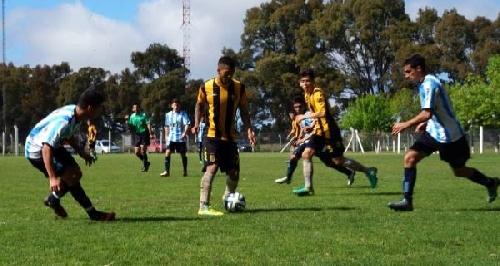 Afa - Inferiores - Con Sánchez y Balcarce derrota de la 5ta de Olimpo ante Rácing Club de Avellaneda.