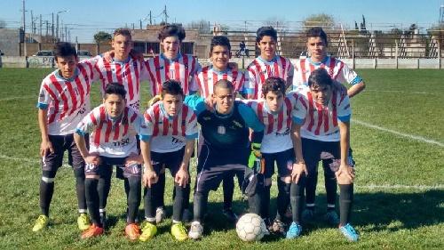LRF - Inferiores - Unión goleó a El Progreso en quinta división - En 7ma El Progreso le ganó holgadamente.