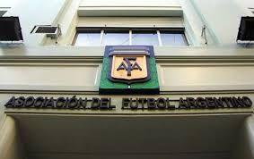 Consenso en la AFA: Tinelli, nuevo vice, será candidato en marzo.