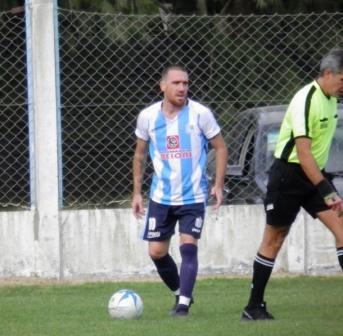 LRF - Salvi de penal convirtió el dos a uno con el que Tiro venció a Independiente.