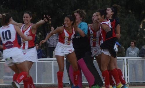 Hockey Femenino - Monte Hermoso con un gol de Ivana Mazars comenzó ganando en el Torneo de Mar del Plata.