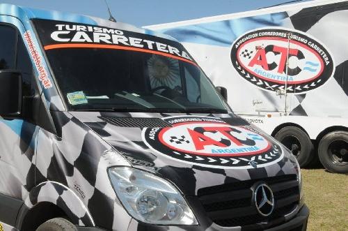Turismo Carretera - El equipo de Sergio Alaux comenzó los trabajos del año.