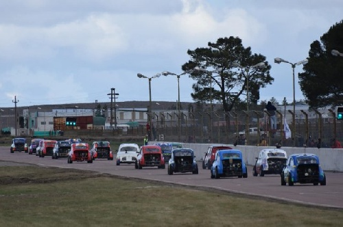 Categorías Zonales - Una nueva cita este fin de semana en el Autódromo Ciudad de Pigüé.
