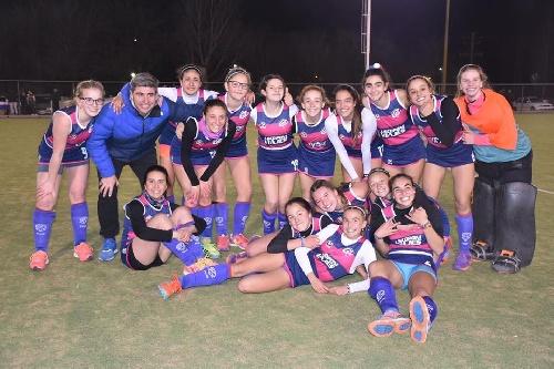 Hockey Femenino - El Cef 83 en Sub 16 venció uno a cero a Sarmiento.