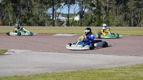 Karting - Ganadores por categoría en la fecha disputada ayer en nuestra ciudad.