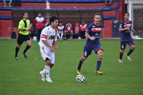 LRF - Peñarol recibe a Automoto y Argentino a Tiro de Puán en la primer fecha del Apertura.