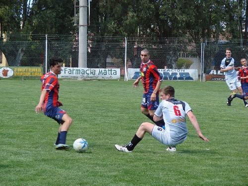 LRF - Reserva - Peñarol goleó a San Martín de Santa Trinidad y clasificó en esta divisional.