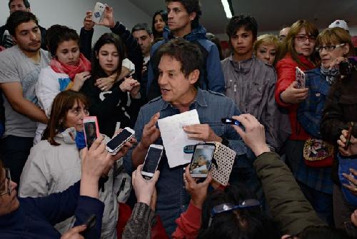 "Santa Cruz : El ""fraude hormiga"" del FPV acerca a Costa a Alicia e hizo perder por segunda vez a Máximo"