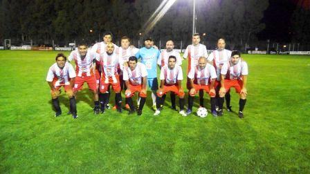 Fútbol del Recuerdo - Unión Pigüé cerró su participación en Coronel Suárez.