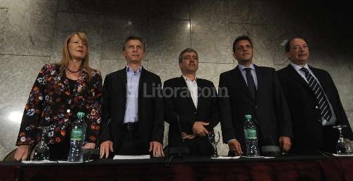 Quema de urnas: La oposición reclama transparencia y promete cambios