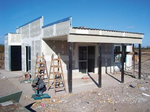 Sueño de la vivienda propia, una quimera para más de 3 millones de familias argentinas
