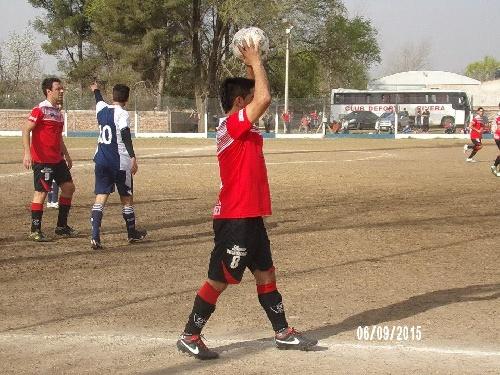 Liga Cultural Pampeana - Deportivo Rivera empató en cero con Nicolas Mercuri en su formación.