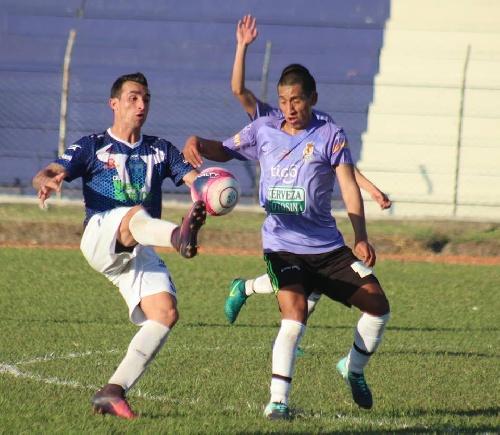 Fútbol Boliviano - Martín Prost ingresó en el 2° tiempo ante Guabirá.