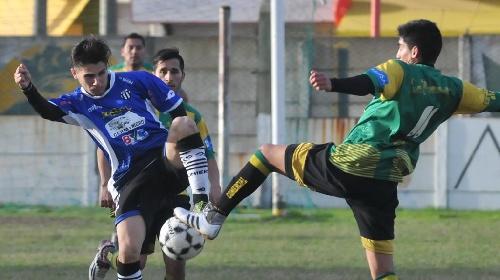 Liga Del Sur - Facundo Lagrimal con Liniers superó a Comercial y alcanza el 2° lugar en la tabla de posiciones.