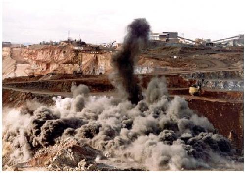 Barrick Gold reconoció ( recién ahora) que derramó más de un millón de litros de solución cianurada
