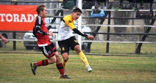 AFA Inferiores - Derrota de Olimpo en inferiores ante Newells - Pazos, Balcarce y Cabral en el equipo bahiense.