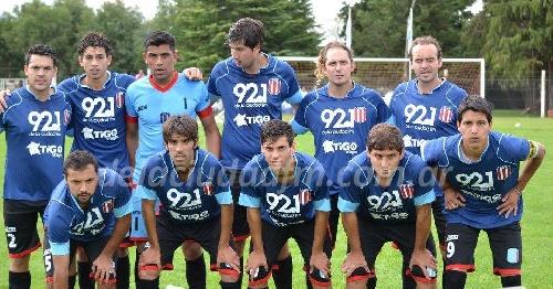 LRF - Gran victoria de Unión Pigüé en Villa Brumana - Triunfo de Sarmiento y derrota de Deportivo Argentino.