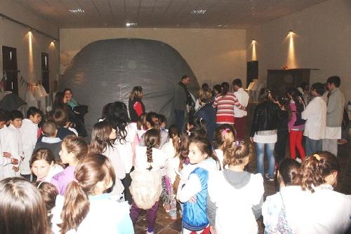 Se organizó un Planetario Móvil en Carhué