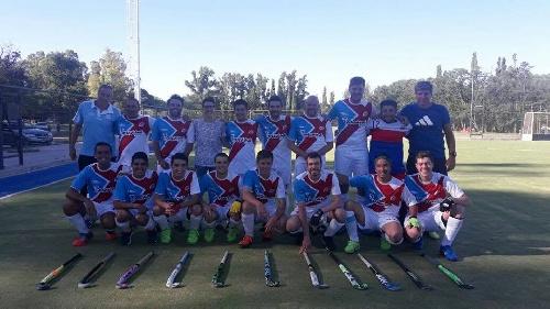 Hockey Masculino - El Cef 83 venció a El Nacional B y se quedó con la Copa De Bronce de la Asociación Bahiense.