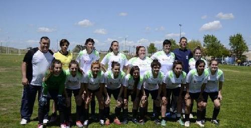 Futbol Femenino - Las Ranitas golearon en el Parque Municipal y son escoltas.