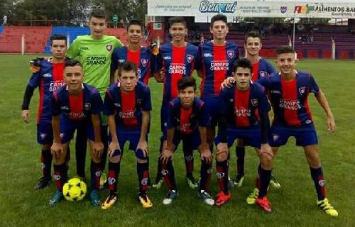 LRF - Inferiores - Peñarol ganó en sus tres categorías en una fecha jugada parcialmente.