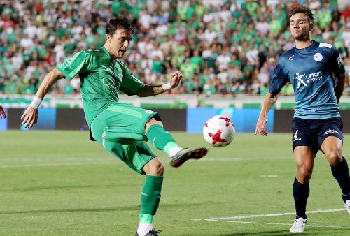 Futbol Chipriota - El Omonia con Leandro González ingresado en el 2° tiempo empató como local ante el Alki.