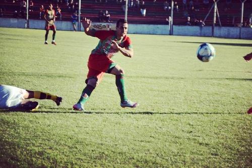 Nacional B - Con un gol de Martín Prost, Agropecuario derrotó a Villa Dálmine dos a uno y alcanza la punta.