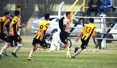 AFA - Inferiores - Con un gol de Valentín Otondo, Olimpo empató con Lanús en 5ta división.