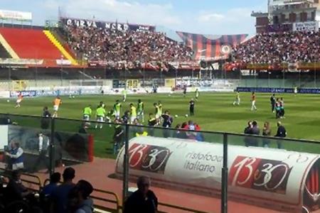 Calcio Serie C - El Rende con Ginobili como ayudante técnico derrotó al Reggina en el debut del campeonato.