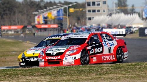 Super TC2000: Rossi ganó los 200 KM en La Pampa y es el nuevo líder del campeonato