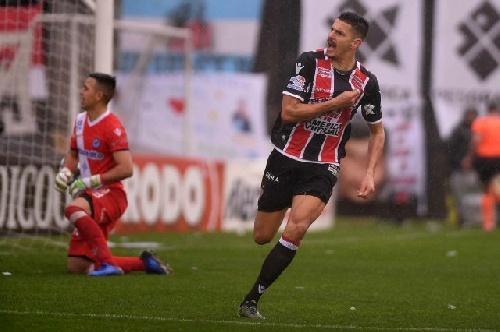 Chacarita Juniors vuelve a Primera A. Juventud Unida de Gualeguaychú se despide de la temporada con un triunfo.