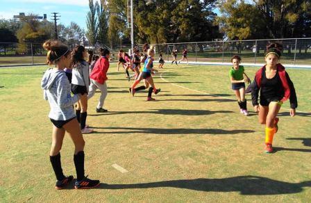Hockey Femenino - Las selecciones Sub 14 y Sub 16 comenzaron su preparación.