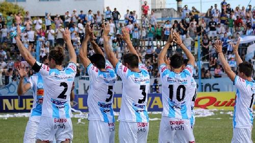 Nacional B - Juventud Unida de Gualeguaychú cayó en Campana. Prost titular en el enterriano.