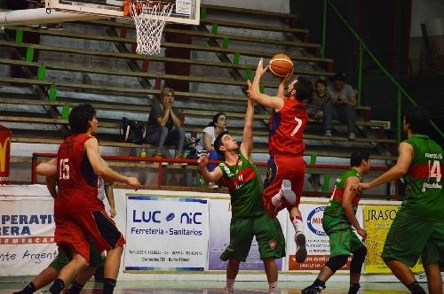 Basquet Bahiense - Bahiense del Norte derrota a Alem y fuerza un tercer partido - 9 puntos de Silva..