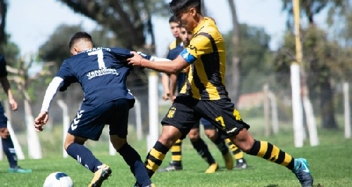 Juveniles Nacional B - Olimpo en 5ta división dirigido por Salvi cayó ante Quilmes.