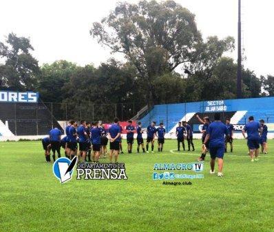 Nacional B - Marcos Litre con Almagro entrenó con vistas al partido del lunes.