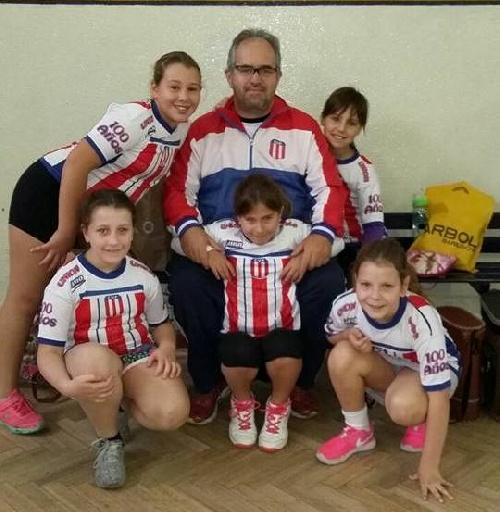 Voley - Las minis del Club Unión participaron de un encuentro infantil en Coronel Suárez.
