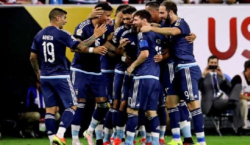 Copa América USA 2016 - Argentina vapuleó al local y clasificó a una nueva final.