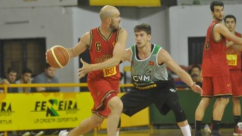 Basquet Bahiense - Bahiense del Norte se quedó con la 1ra final - 6 puntos de Esteban Silva.