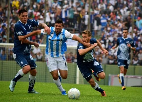 Federal A - Marcos Litre titular de Juventud Antoniana en el triunfo sobre su clásico rival.