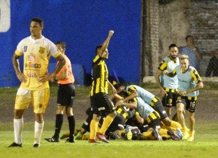 Nacional B - Olimpo venció Mitre en Santiago del Estero - Nicolás Cabral estuvo en el banco.