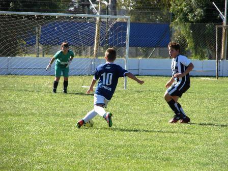 LRF - Inferiores - Sarmiento vs Unión y Argentino vs Peñarol juegan mañana en nuestra ciudad.